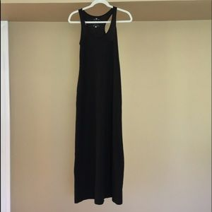Black Maxi Dress in Black Size Petite